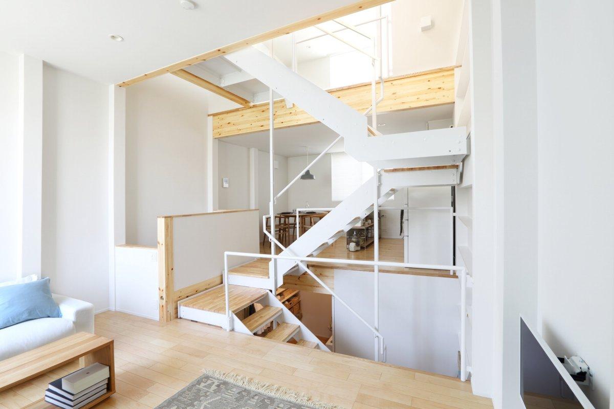 「縦型なのに広々としてる家だね!」狭小の土地に適応した日本の家に外国人興味津々(海外反応) 173 海外反応 キキミミ