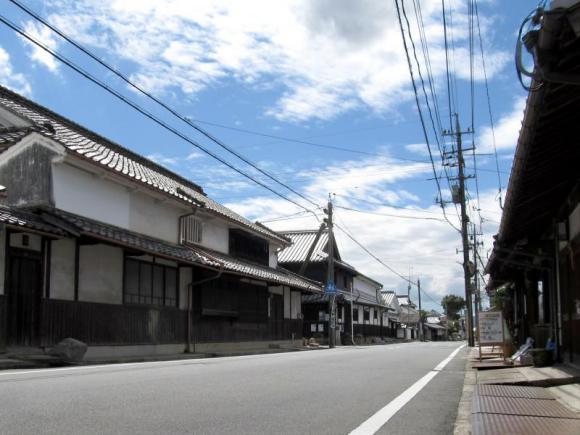 江戸時代にタイムスリップし方のような町並み