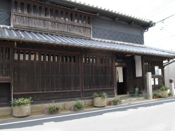 藤田千年治邸