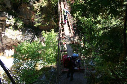 十字峡の吊り橋