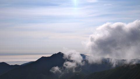 カムエクに雲が