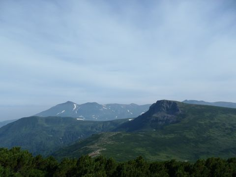 五色岳から忠別と旭岳