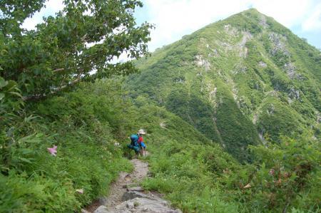 146小朝日岳へ