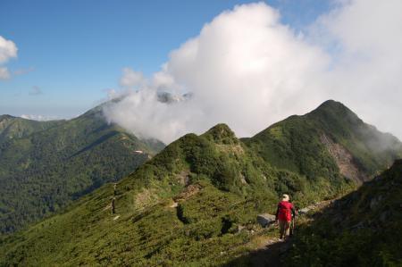 19爺ヶ岳北峰へ