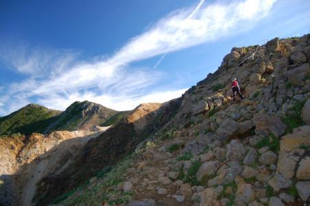 7朝日岳へ