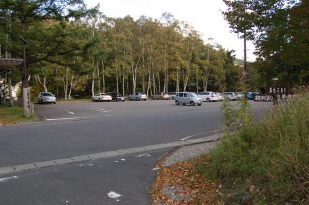 42駐車場