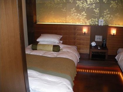 寝室001