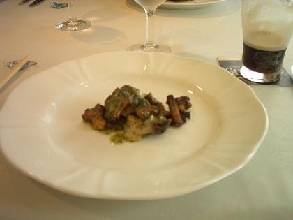 フランス産ジドール茸とサザエ