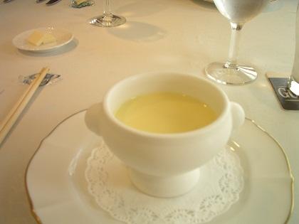 とうもろこしの冷スープ