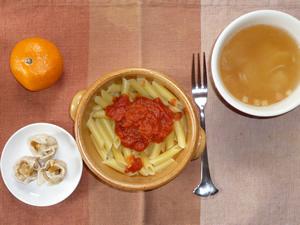 ペンネアラビアータ,玉ねぎのスープ,焼売×3,みかん