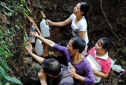 中国の湧き水01