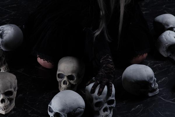 Skull Worship_sample_02