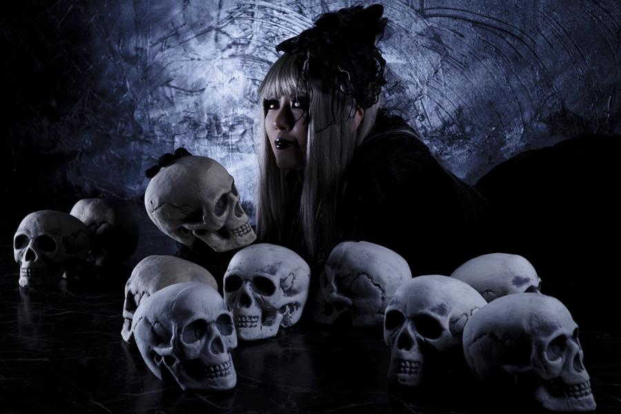 Skull Worship_sample_01