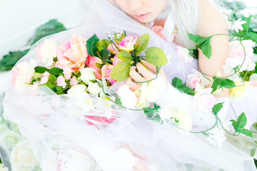 Artificial Flower Girl_2