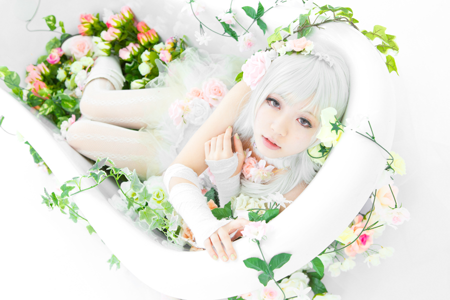 Artificial Flower Girl_7