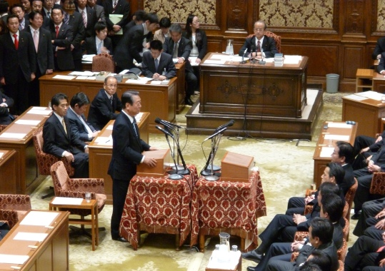 小沢代表が党首討論