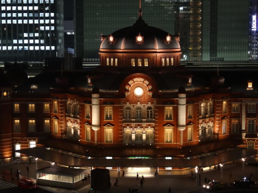 東京駅北口夜景新丸ビルから