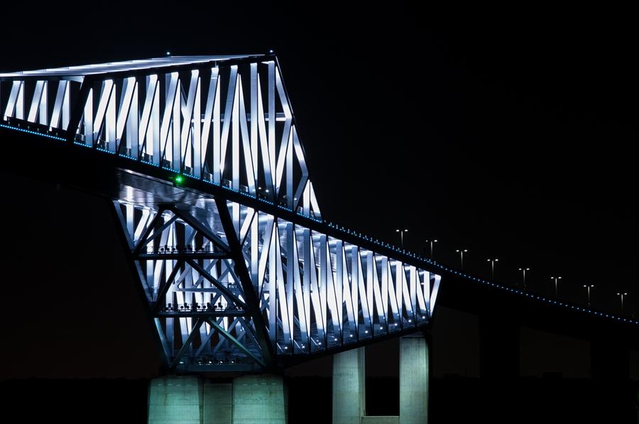 ゲートブリッジ夜景片側アップ色違いk7