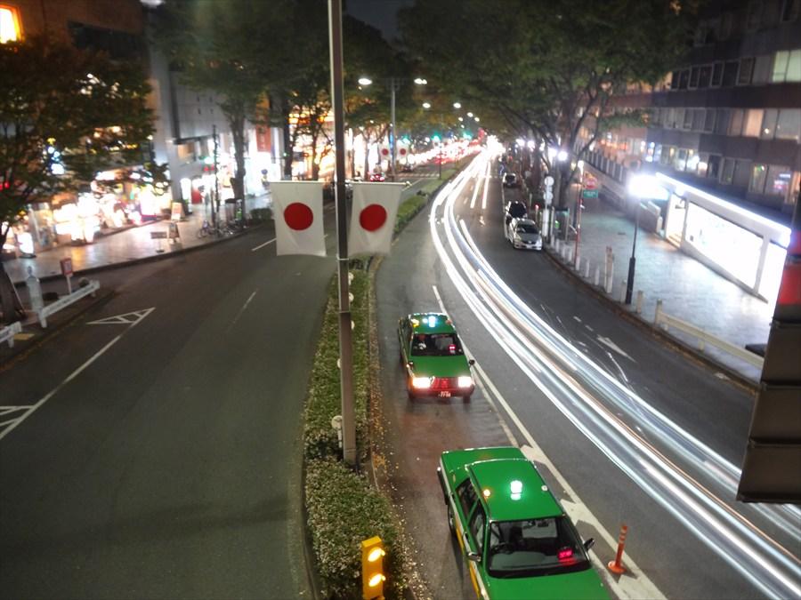原宿駅前歩道橋から