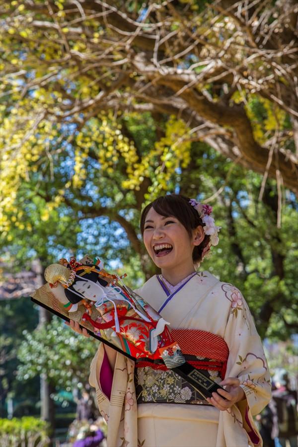 全東京写真連盟芝公園川西ちえイチョウ笑顔01