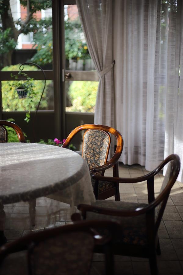 50mm初撮影室内椅子02