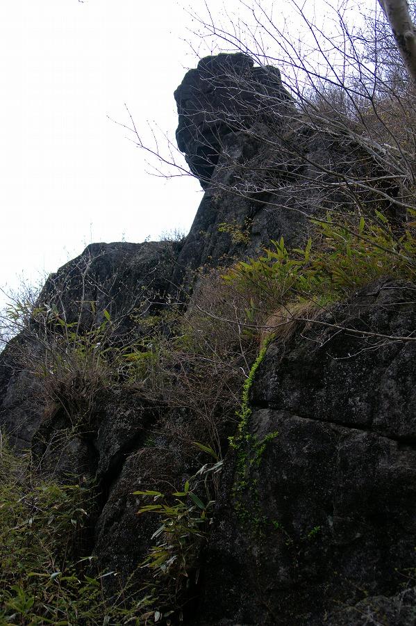 筑波山登山道大仏岩