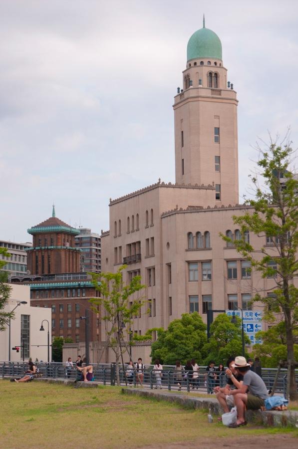 横浜税関07高台から