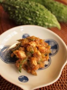 レシピ_ゴーヤとナッツの味噌炒め_P8194651