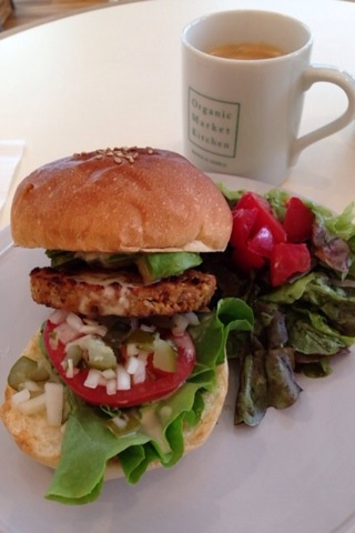 2014-09-24 OrganicBurger Kitchen4