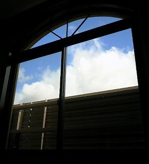 部屋からの空
