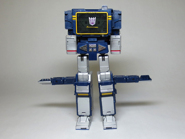 MP13_Soundwave_44.jpg