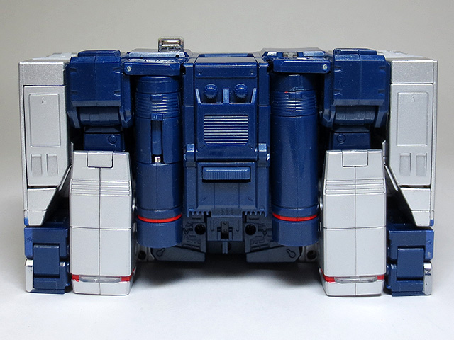 MP13_Soundwave_a_15.jpg