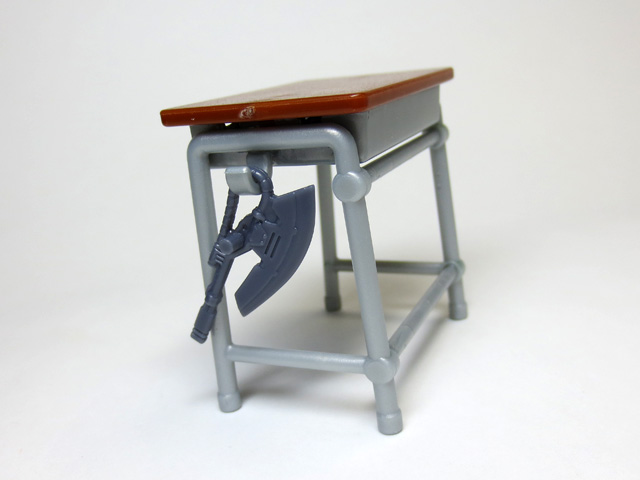 The_desk_and_chair_of_a_school_20.jpg