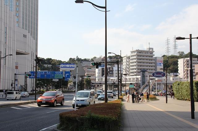 JR横須賀駅方面_1