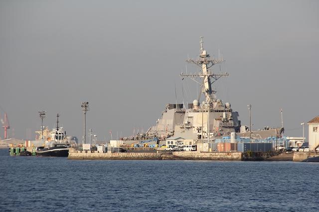 ミサイル巡洋艦CG63『カウペンス』_2