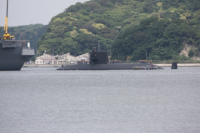 潜水艦の着桟まで_2