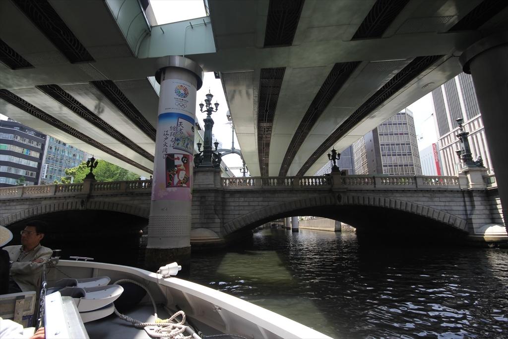 一旦、日本橋をくぐる_2