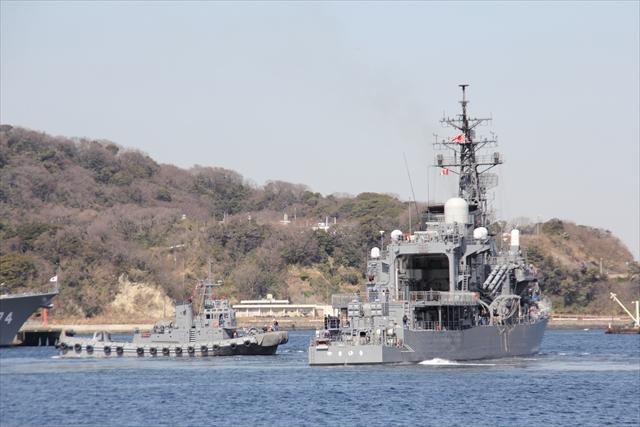 護衛艦やまゆきの出港の様子_18