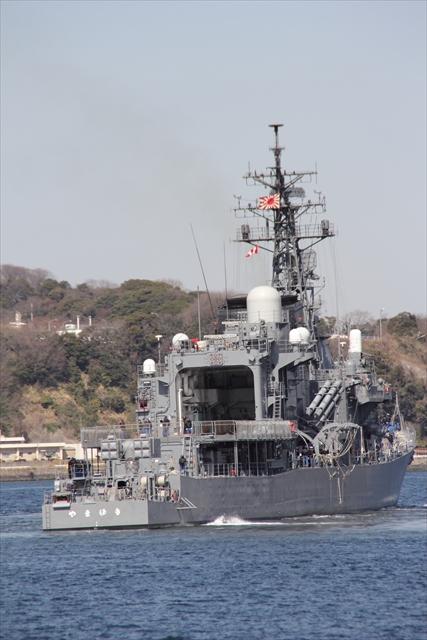 護衛艦やまゆきの出港の様子_19