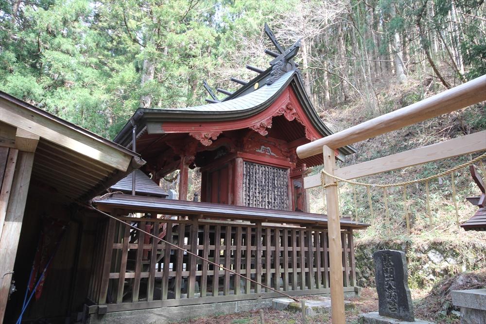 神社社屋_3