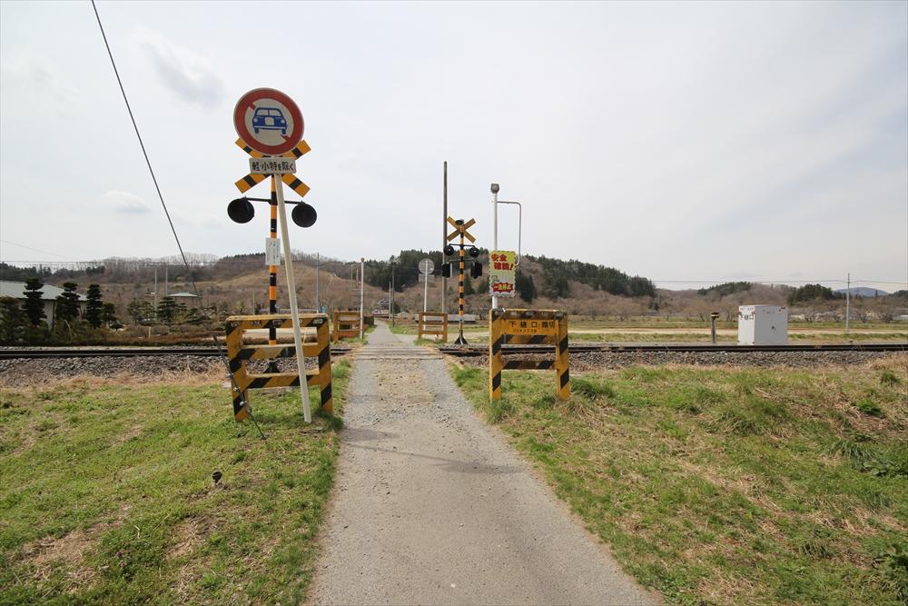 磐越東線の踏切_1
