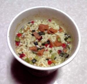 チキンとタイカレー味 グリーンカレーヌードル(できあがり)