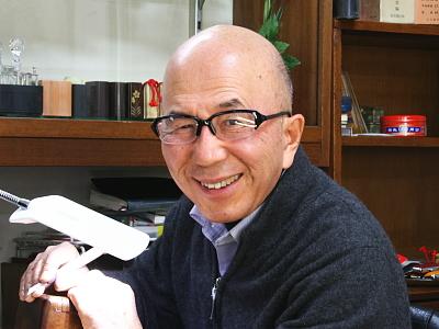 世田谷区船橋【㈲坂入印房】二代目店主・坂入洸