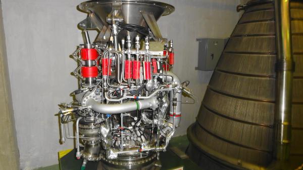 041713H-Ⅱロケット第2エンジン_convert_20120427002612