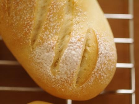 スモークチーズのパン01