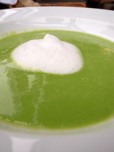 ラ・サンテ グリーンピースのスープ