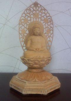 義父手彫りの仏像