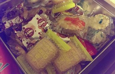 お菓子の引出