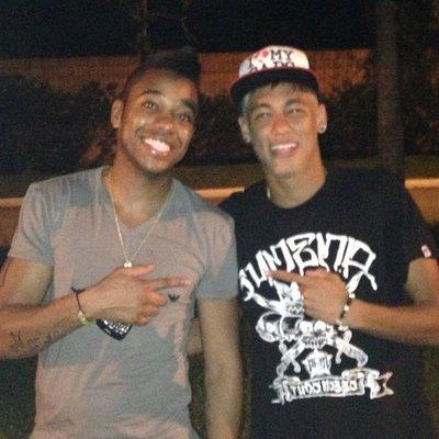 robinho_e_neymar_instagram_s.jpg