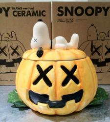 SNOOPY CERAMIC (KAWS version)